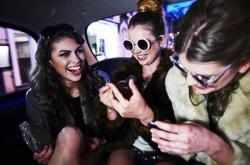 美国青少年最青睐应用排行:Snapchat第一亚马逊第二
